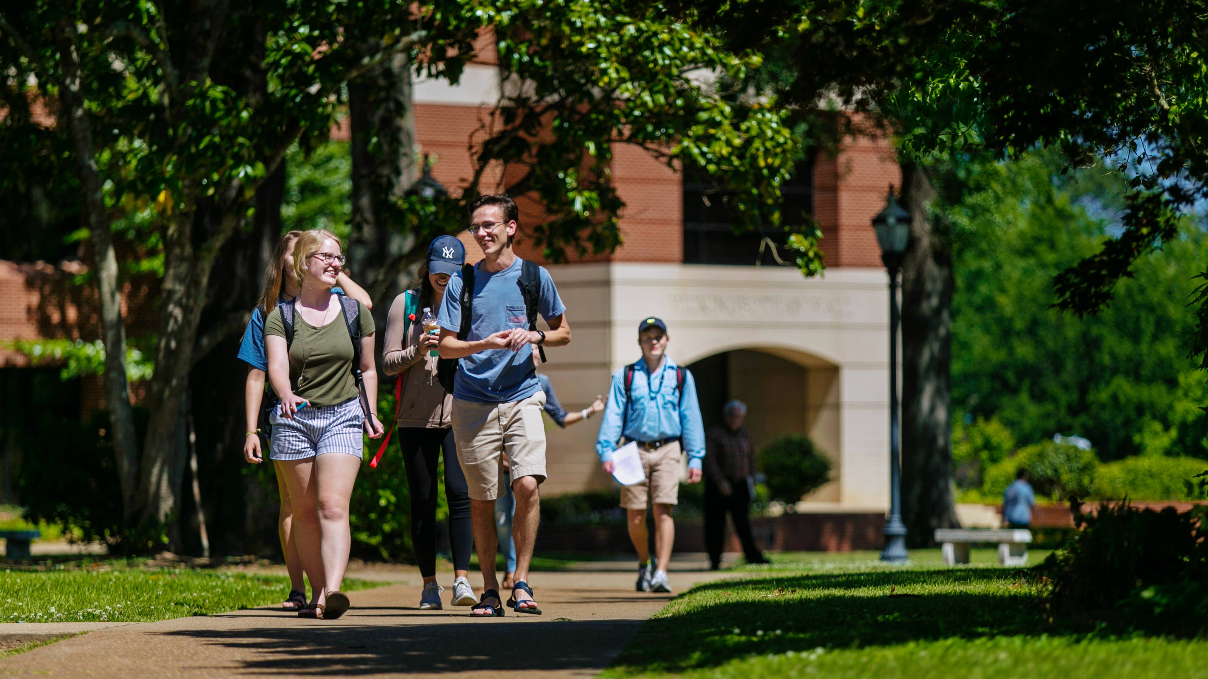 Students walk across Ouachita's campus