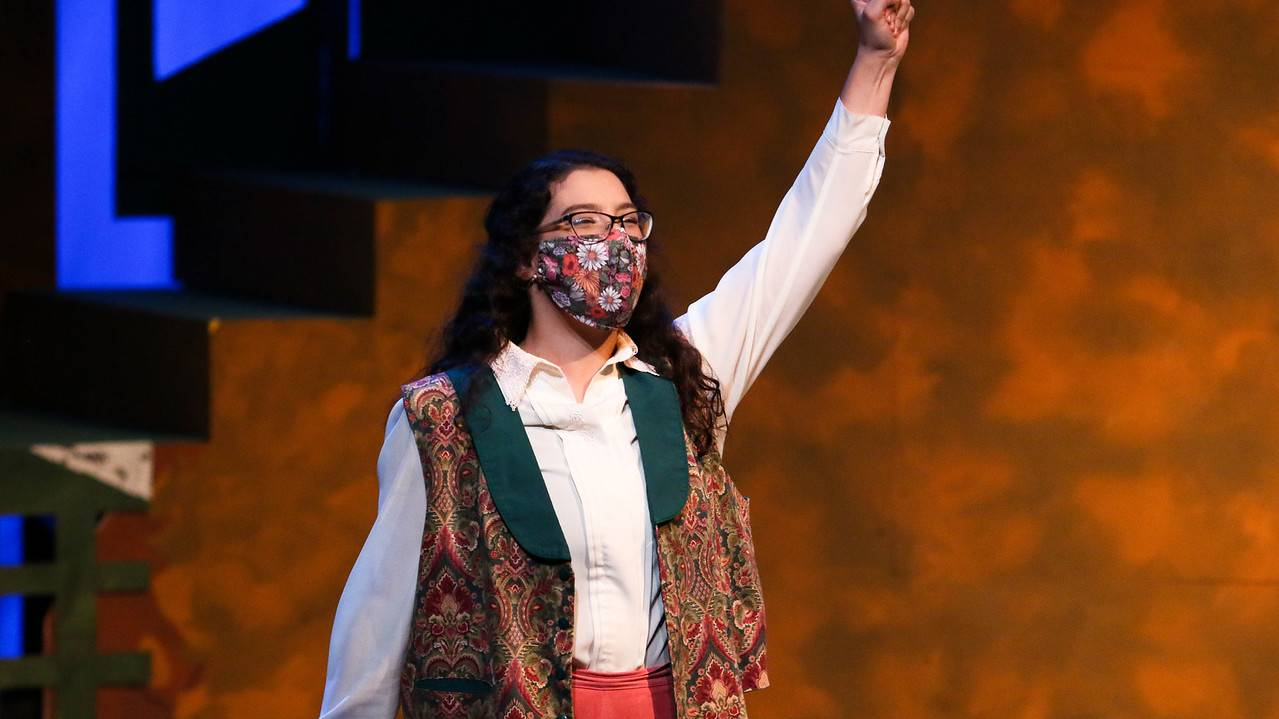 Ouachita theater student performs with mask due to COVID-19 precautions